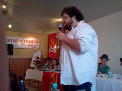 Felipe Soares faz uso da palavra na Tribuna de Debates da Conferência